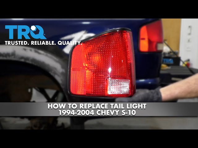 How to Replace Tail Light 1994-2004 Chevy S-10